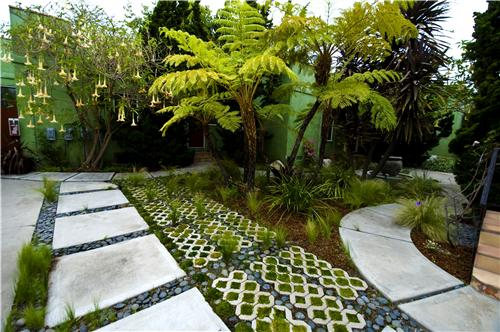 Eco Friendly Landscaping | Your Guide to Great Ideas for a healthier ...