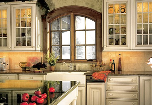 Tuscan kitchen design how to bring old world charm into your kitchen Old world tuscan kitchen designs